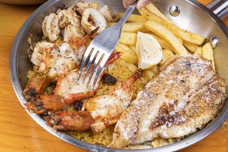 Salah satu menu di Fish Streat Bekasi.