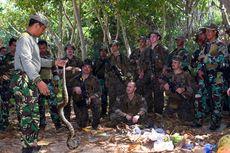 Latihan Perang Hutan, Marinir Amerika Diajari Makan Ular hingga Biawak