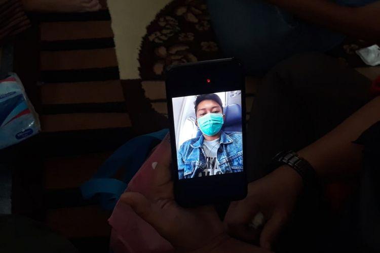 Foto terakhir yang dikirim Deryl, korban kecelakaan pesawat Lion Air JT-610 kepada ayahnya, Senin (29/10/2018).