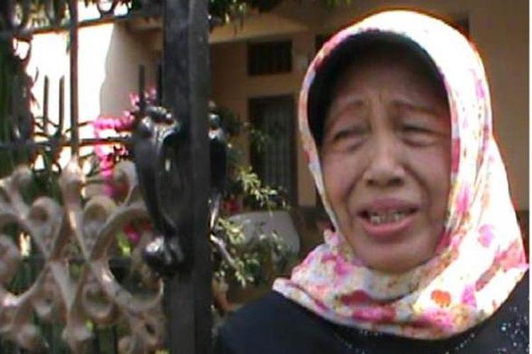 Ibunda Jokowi, Sudjiatmi Notomihardjo, di kediamannya, Kamis (16/10/2014).