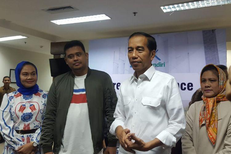 Presiden Joko Widodo dalam jumpa pers kelahiran cucu keduanya dari Kahiyang Ayu dan Bobby Nasution di RS YPK Mandiri, Menteng, Rabu (1/8/2018).
