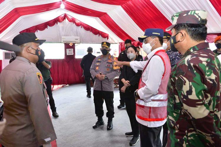 Kapolri Jenderal Listyo meninjau posko penyekatan di Pelabuhan Bakauheni, Minggu (9/5/2021). (FOTO: Dok. Humas Polda Lampung).