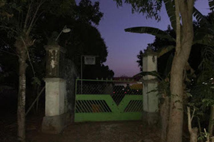 Rumah kontrakan NH dan HS, terduga teroris yang diamankan Densus 88 Antiteror Polri di Desa Bira Tengah, Kecamatan Sokobanah, Sampang, Jawa Timur, Kamis (22/8/2019).