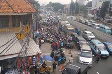 Camat dan Kasatpol PP Tanggapi PKL yang Makin Menjamur di Trotoar Jatinegara