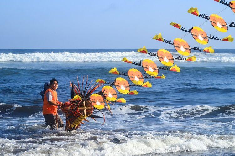Ilustrasi pantai - Pantai Parangkusumo di Kabupaten Bantul, Yogyakarta (Shutterstock/tofikrozaq).