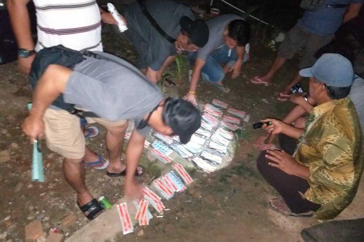 Polisi mengamankan obat batuk yang disalahgunakan untuk mabuk oleh remaja di Bengkulu Selatan