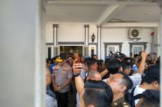 Rekonstruksi Pembunuhan Hakim PN Medan, Tersangka Peragakan 54 Adegan di Rumah Korban