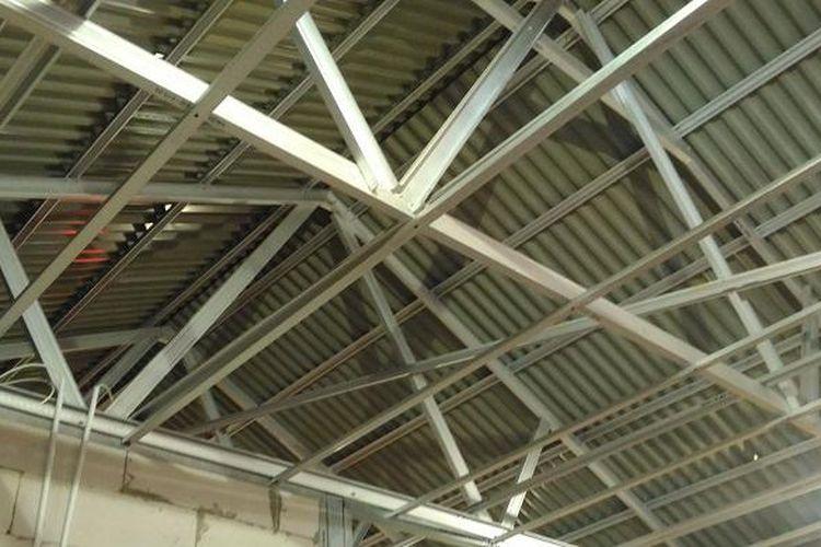 Rangka atap baja ringan yang menyusun Rumah Domus