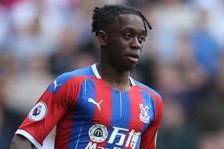 Bek Crystal Palace, Aaron Wan-Bissaka dikabarkan akan segera berbaju Manchester United.