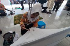 Keterbatasan Tak Halangi Para Siswa SLB Ini Hasilkan Ratusan Lembar Kain Batik
