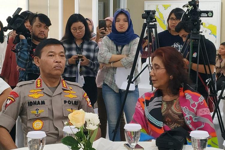 Menteri Kelautan dan Perikanan, Susi Pudjiastuti (kedua kiri) menyampaikan keterangan dalam konferensi pers di Gedung Mina Bahari IV KKP, Jakarta, Rabu (9/10/2019).
