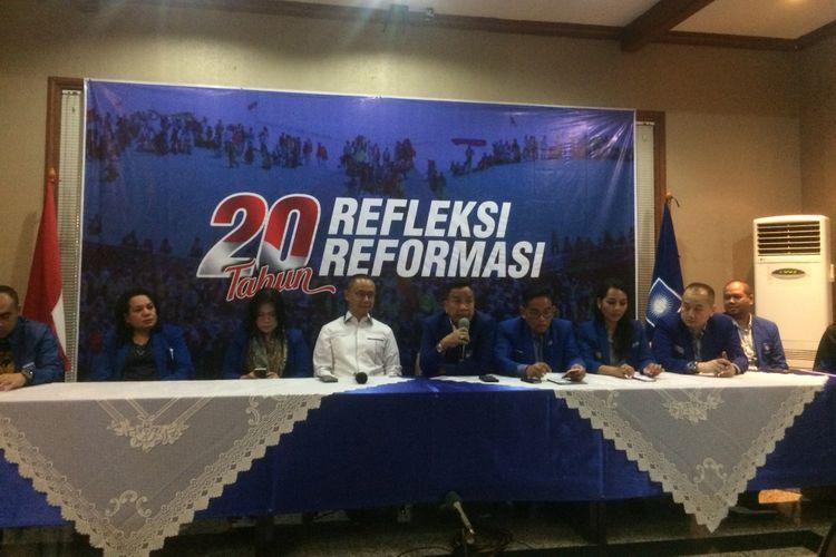 Konferensi Pers DPP PAN Mengenai Peringatan 20 Tahun Reformasi di Kantor DPP PAN, Jakarta, Jum'at (18/5/2018).