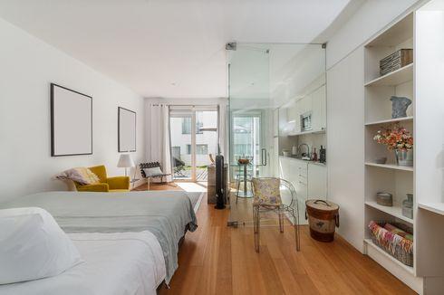 10 Cara Mudah Bikin Ruangan Sempit Tampak Lebih Lega