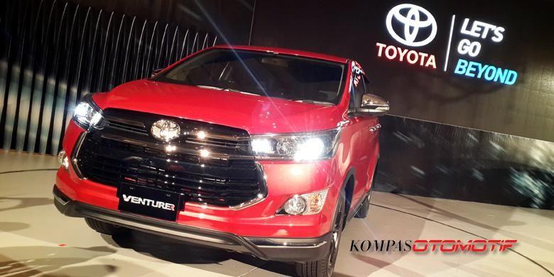 Toyota Innova Venturer menjadi tipe tertinggi dan termahal.