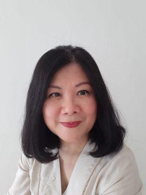 DR. dr. Tan Shot Yen,M.hum