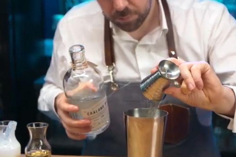 Video tutorian kreasi cocktail dari YouTube Silversea Cruises