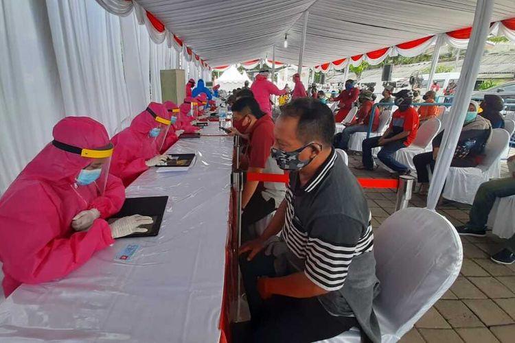 Rapid test massal BIN di Terminal Manukan Surabaya, Minggu (31/5/2020)