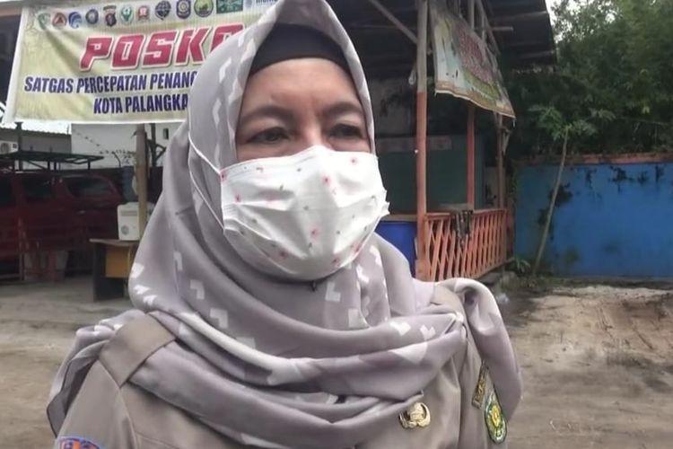 Emy Abriyani, Ketua Harian Satgas Penanganan Covid 19 Kota Palangkaraya saat berada di Kantor BPBD Kota Palangkaraya