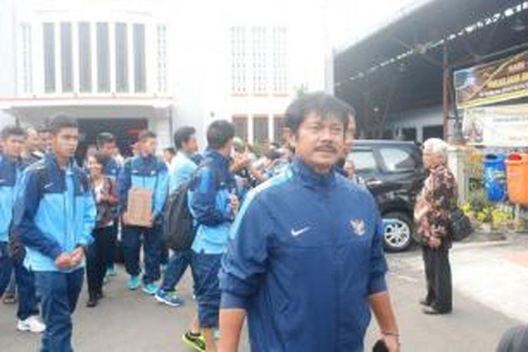 Timnas U-19 tiba di Kota Yogyakarta, Selasa (7/1/2014). Mereka akan menjalani pemusatan pelatihan kedua, setelah menyelesaikan pelatihan di Batu, Malang, Jawa Timur. Pemusatan latihan di Yogyakarta akan berlangsung sampai Oktober 2014.