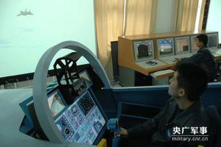 Simulator pesawat tempur China, Shenyang J-11 menggunakan OS Windows XP.
