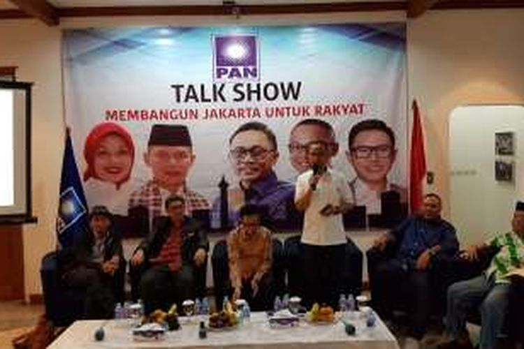 Narasumber talk show