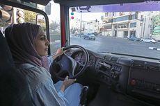 Kisah Dalia al-Darwish, Perempuan Palestina yang Memiliki Lisensi Mengemudi Truk
