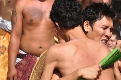 Warga Tenganan Lestarikan Tradisi Perang Pandan