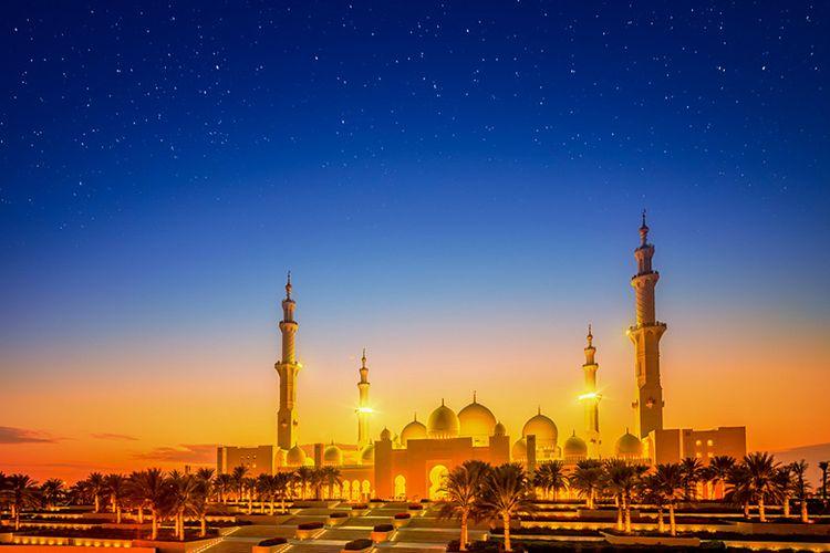 Masjid di malam hari