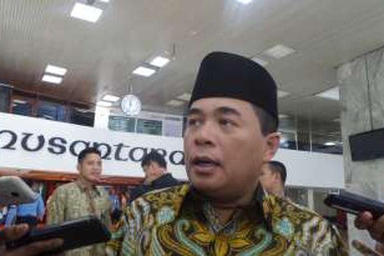 Ketua DPR RI Ade Komarudin di Kompleks Parlemen, Senayan, Jakarta, Senin (31/10/2016)