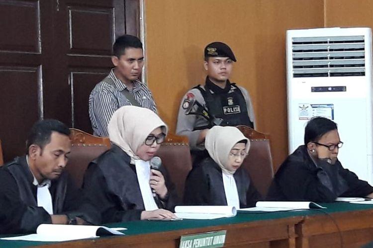 Jaksa Penuntut Umum Mayasari dan Anita Dewayani dalam sidang pembacaan replik dengan terdakwa Aman Abdurrahman di Pengadilan Negeri Jakarta Selatan, Rabu (30/5/2018).