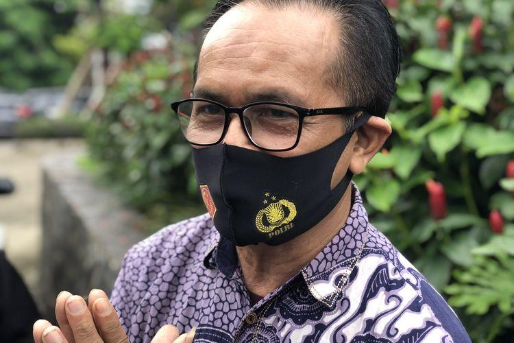Ayah Ajun Perwira, Agung Karang saat ditemui di kawasan Kapin, Pondok Gede, Bekasi, Jumat (19/2/2021).