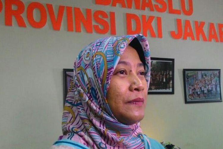 Ketua Bawaslu DKI Jakarta, Mimah Susanti, di Kantor Bawaslu DKI, Sunter Agung, Jakarta Utara, Kamis (17/11/2016).