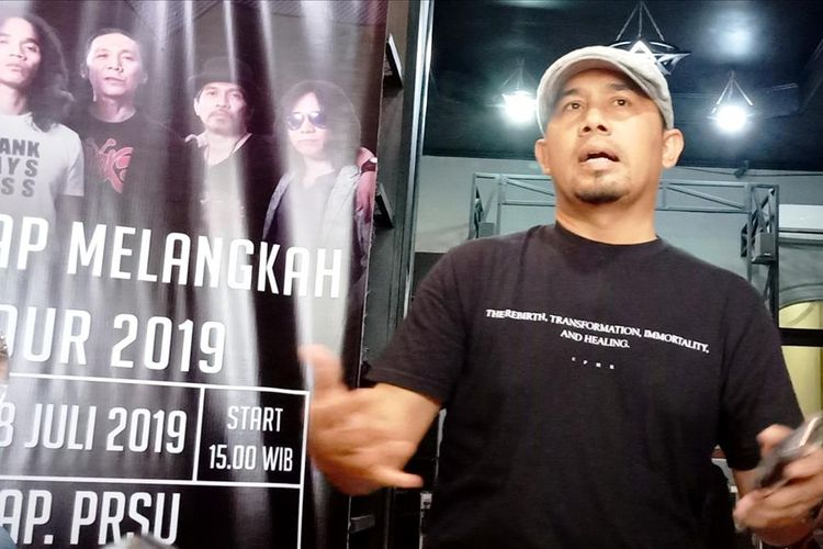 Adilta Ginting di gerai Euphoria Rockshop-nya, Jumat (19/7/2019)