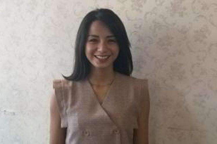 Artis peran Kirana hadir dalam acara syukuran praproduksi film 21 Hari di kawasan Lebak Bulus, Jakarta Selatan, Minggu (17/5/2015).