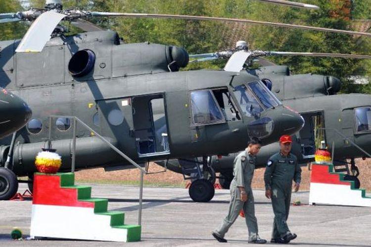 Enam unit helikopter Mi-17 V5 buatan Rusia resmi memperkuat TNI Angkatan Darat. Peresmian itu ditandai dengan penyerahan enam unit helikopter dari Rusia kepada Pemerintah Indonesia melalui Kementerian Pertahanan di Skadron 21/Sena, Pondok Cabe, Tangerang Selatan, Banten, Jumat (26/8/2011). Enam helikopter Mi-17 V5 tersebut merupakan helikopter angkut militer yang dapat mengangkut 36 personil atau beban seberat tiga ton, dan akan mengisi Skadron 31/Serbu Semarang.