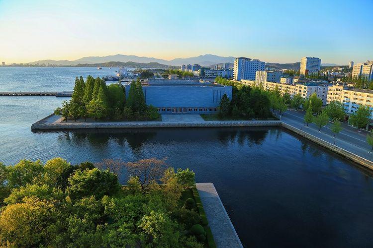 Ilustrasi Korea Utara - Kota Wonsan.