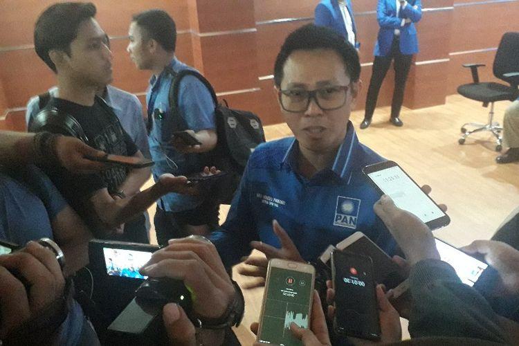 Ketua DPW PAN DKI Jakarta Eko Hendro Purnomo memberikan keterangan kepada wartawan di Kantor DPW PAN DKI Jakarta, Senin (20/5/2019).