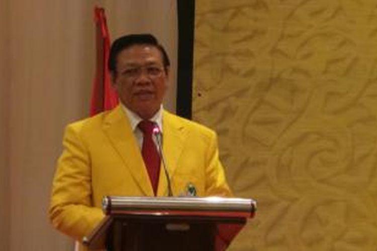 Ketua Presidium Penyelamat Partai Golongan Karya Agung Laksono saat membuka Musyawarah Nasional IX Partai Golkar di Hotel Mercure, Ancol, Jakarta Utara, Sabtu (6/12/2014).