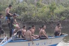 Warga Menyelam dan Berenang untuk Mencari Korban Serangan Buaya