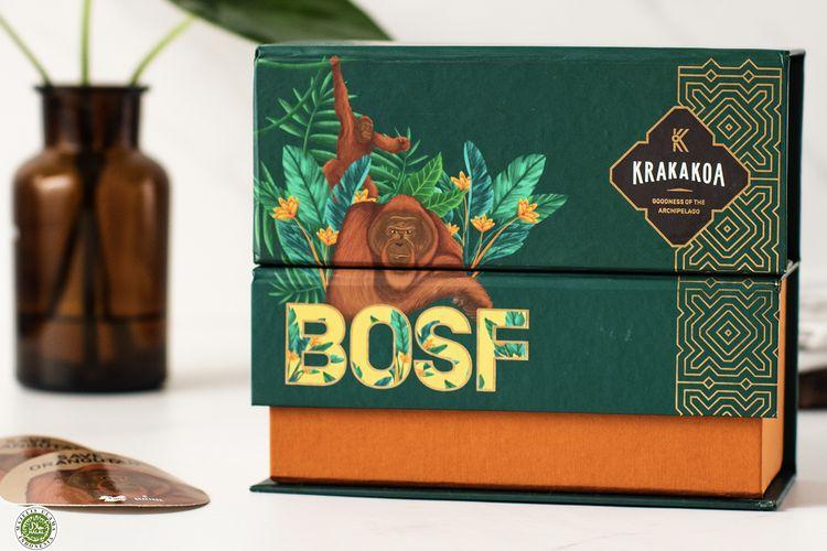 Gift box edisi terbatas dari Krakakoa berkolaborasi dengan Borneo Orangutan Survival Foundation (BOSF). Gift Box berisi 5 Cokelat Arenga ini dijual hanya 1.000 kotak saja dan hasil dari penjualannya sebagian akan disumbangkan ke BOSF untuk keberlangsungan proses pelestarian orangutan Kalimantan.