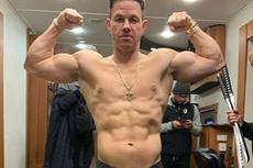Mark Wahlberg Kenakan Patek Philippe Nautilus 5711, Apa Istimewanya?