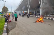 Kedatangan Jenazah Anggota DPR Tertunda, Keluarga Mengamuk dan Rusak Fasilitas Bandara Sorong