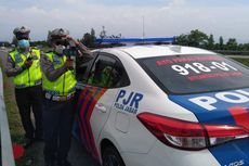 Razia Batas Kecepatan Pakai Speed Gun di Tol Cipali
