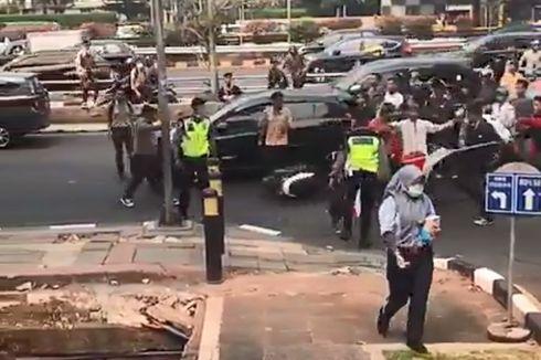Polisi Selidiki Peristiwa Oknum Pelajar Pukul Polisi di Jalan Gatot Subroto