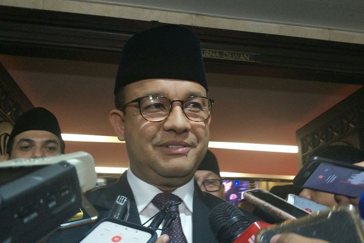 Gubernur DKI Jakarta Anies Baswedan di Gedung DPRD DKI Jakarta, Rabu (11/12/2019).