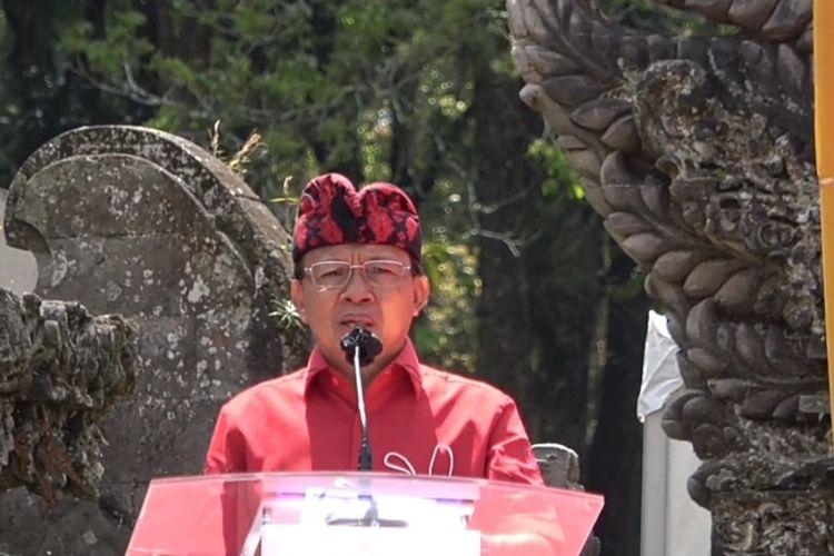 Gubernur Bali I Wayan Koster  di acara bersama BRI di Bedugul, Tabanan, Bali, Kamis (24/9/2020).