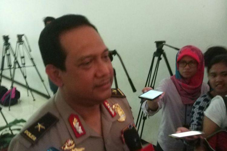 Kepala Biro Penerangan Masyarakat Divisi Humas Polri Brigjen Pol Rikwanto saat diwawancarai di Mapolda Metro Jaya, Jumat (7/7/2017).