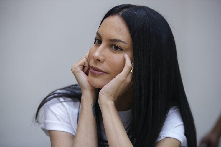 Artis peran Sophia Latjuba saat wawancara di Kantor Redaksi Kompas.com, Jakarta, Selasa (27/3/2018). Ia tengah mempromosikan film terbaru yang dibintanginya berjudul Danur 2 : Maddah.