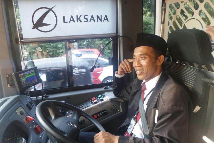 Salah seorang pengemudi bus Transjakarta koridor 13 rute Ciledug-Tendean, Abdul Chakim.