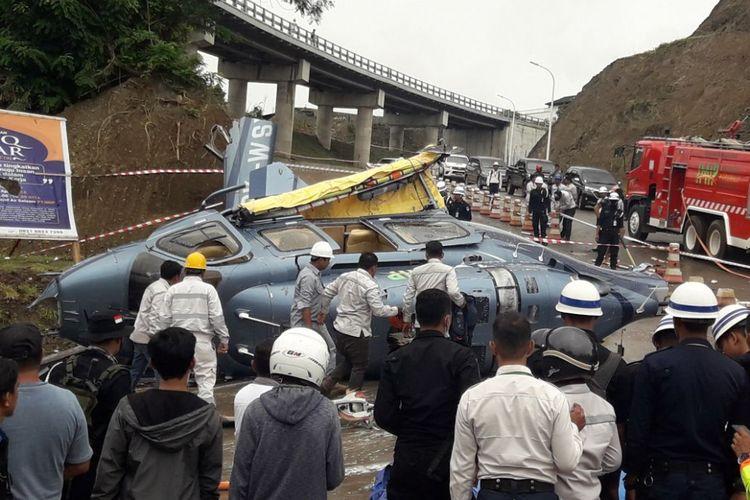 Helikopter Rotary Wings jatuh di Morowali, Sulawesi Selatan, Jumat (20/4/2018).